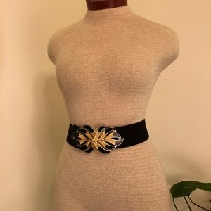 Vintage Elastic Belt With Decorative Clasps